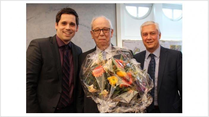 Der neue 1. stellv. Bürgermeister Alfred Zerres (Bildmitte) mit Bürgermeister Volker Erner (r.) und dem neuen CDU-Fraktionsvorsitzenden Thomas Schmalen